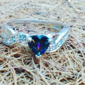 Jewelry - Rainbow heart Crystal silver. 925 size 5